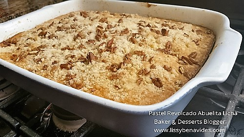 Oldfashion Streusel Butter Cake, recipe from Granny Licha